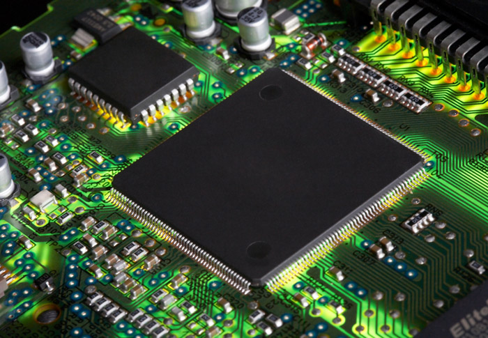 Componentes eletrônicos
